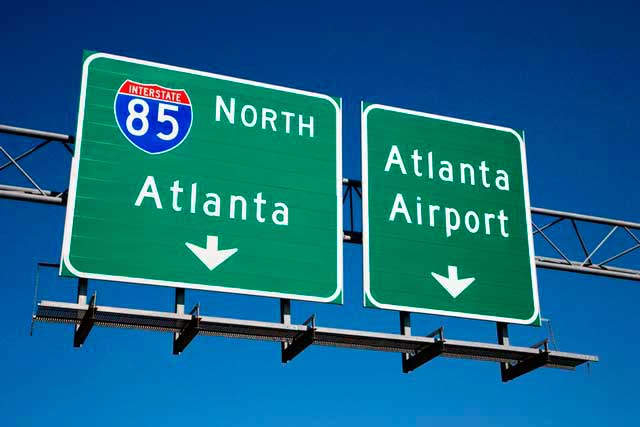 Atlanta Airport (ATL) is located 7 miles (11 km) South of the business district in Atlanta.